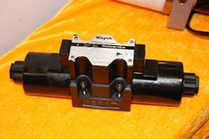 D5-03电磁换向阀
